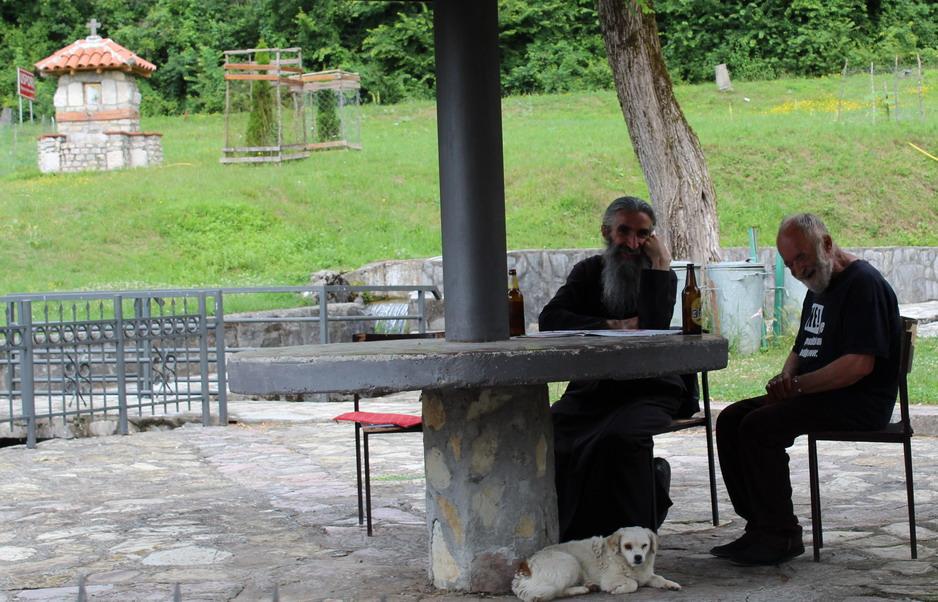 Название: Монахи - Монастырь Морача.JPG Просмотры: 67  Размер: 223.7 Кб