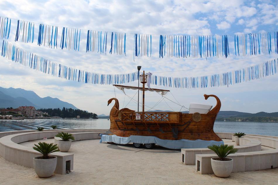 Название: Греческий корабль - Тиват.JPG Просмотры: 43  Размер: 185.9 Кб