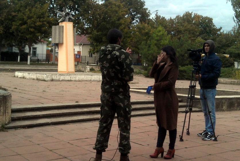 Название: Наташа не хочет давать интервью ТВ ПМР.jpg Просмотры: 672  Размер: 152.8 Кб