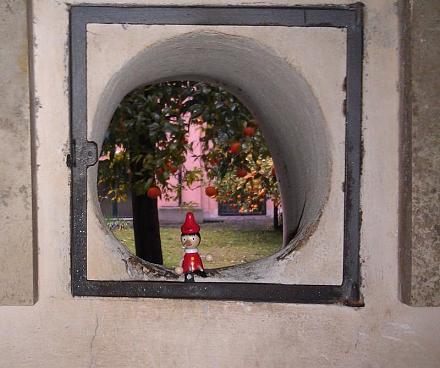 Нажмите на изображение для увеличения Название: Пиноккио и мандариновый сад.jpg Просмотры: 358 Размер:76.8 Кб ID:15387