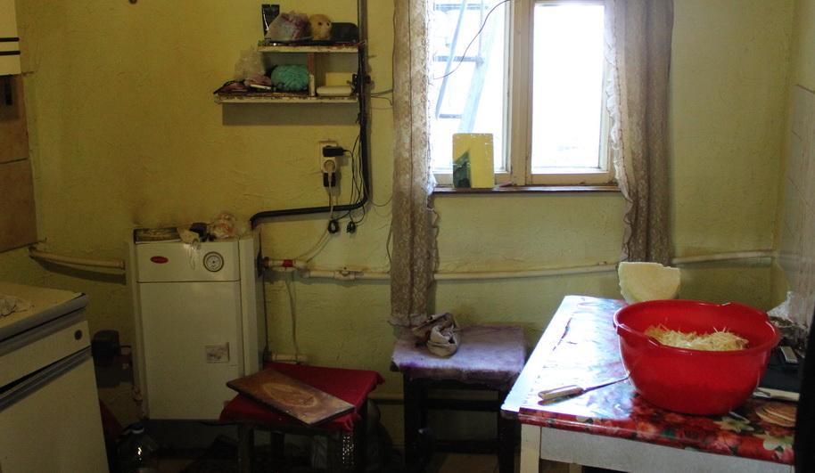 Название: Владимировка - многдетная семья 1. Кухня и бойлер.JPG Просмотры: 15  Размер: 169.8 Кб