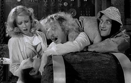 Нажмите на изображение для увеличения Название: Молодой Франкенштейн (1974. Young Frankenstein).jpg Просмотры: 296 Размер:102.2 Кб ID:19504