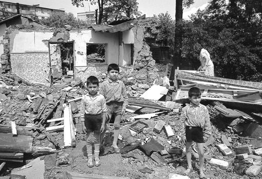 Название: Дети Бендеры 1992 война.jpg Просмотры: 97  Размер: 94.7 Кб