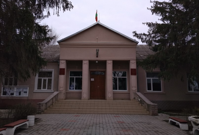 Название: Совет народных депутатов в Терновке.jpg Просмотры: 563  Размер: 124.4 Кб