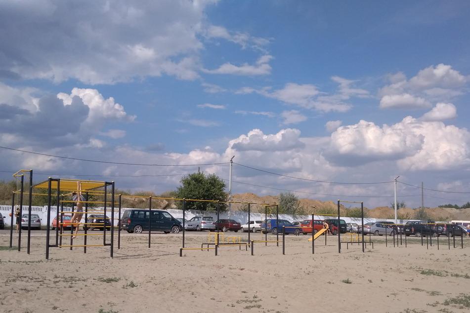 Название: Тренажеры - новый бендерский пляж.jpg Просмотры: 438  Размер: 153.8 Кб