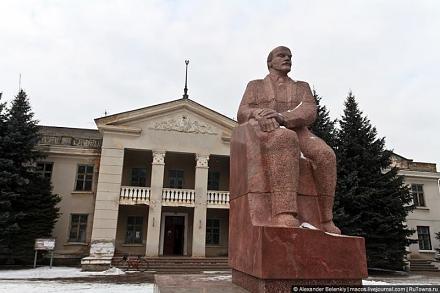 Нажмите на изображение для увеличения Название: Ленин в Чобручах.jpg Просмотры: 414 Размер:55.4 Кб ID:10341