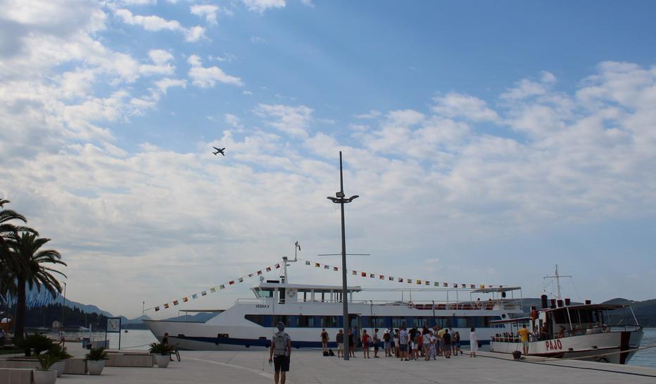 Название: Корабли для морских прогулок.JPG Просмотры: 42  Размер: 112.8 Кб