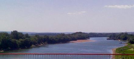 Нажмите на изображение для увеличения Название: Днестр в Бендерах - вид с моста.jpg Просмотры: 795 Размер:34.6 Кб ID:13911