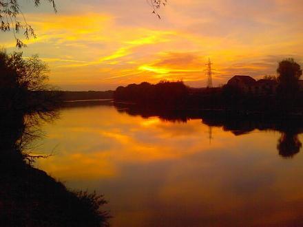 Нажмите на изображение для увеличения Название: Закат у реки Днестр.jpg Просмотры: 660 Размер:39.6 Кб ID:10483