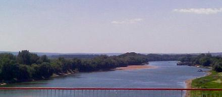 Нажмите на изображение для увеличения Название: Днестр в Бендерах - вид с моста.jpg Просмотры: 527 Размер:34.6 Кб ID:13911