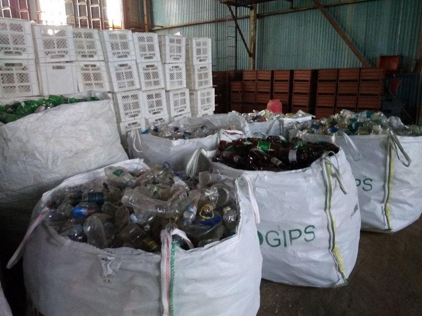 Название: Пластиковые бутылки - Бендеры.jpg Просмотры: 3515  Размер: 117.2 Кб