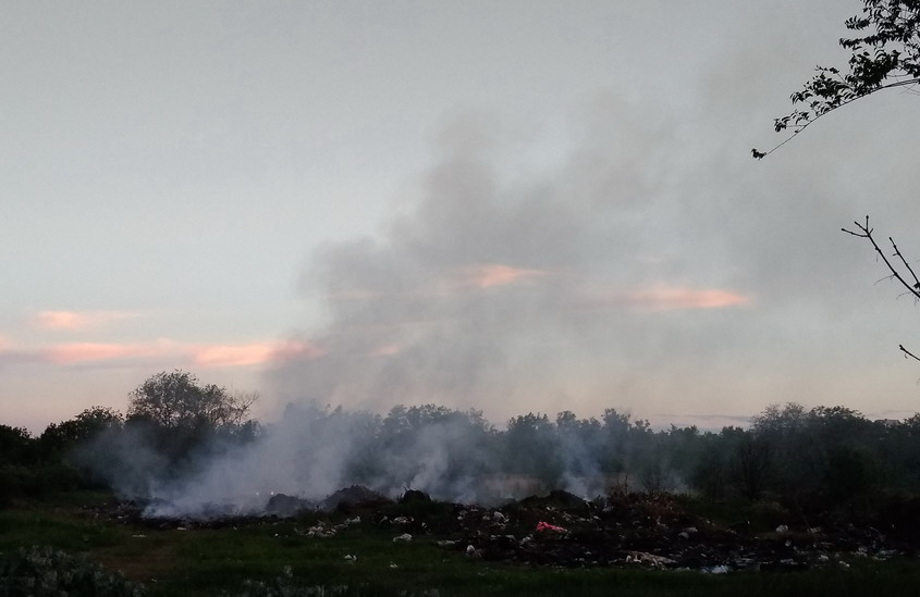 Название: Новое кладбище - пожар.jpg Просмотры: 306  Размер: 75.6 Кб