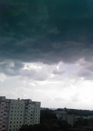 Нажмите на изображение для увеличения Название: Небо перед грозой.jpg Просмотры: 348 Размер:52.0 Кб ID:11962