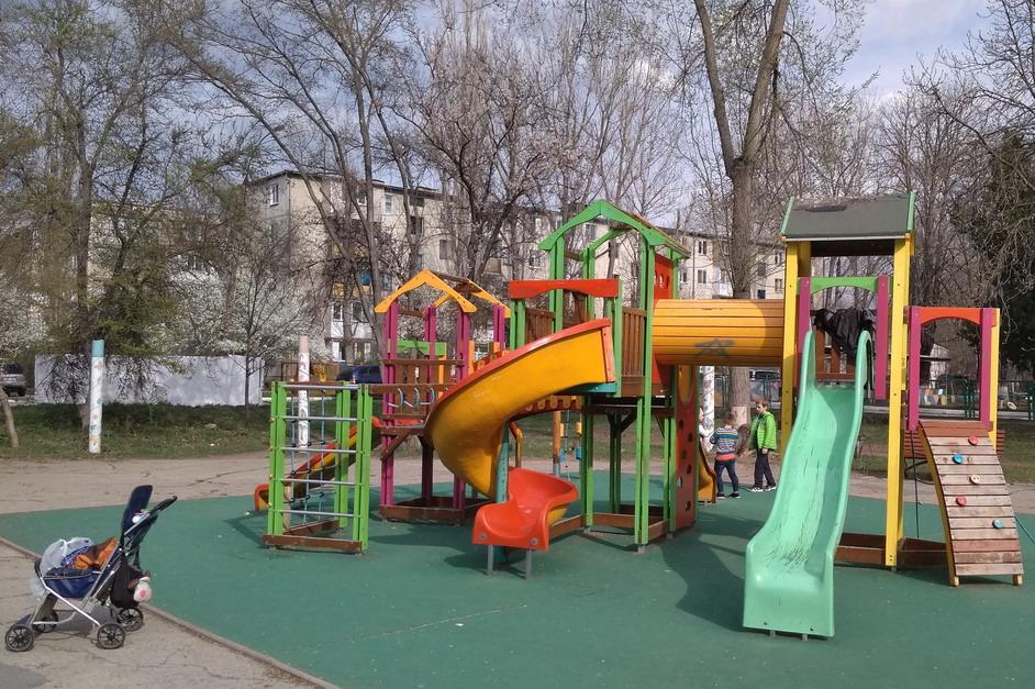 Название: Рыбница детская площадка.jpg Просмотры: 22  Размер: 272.3 Кб