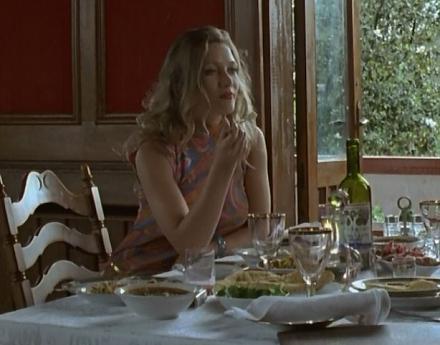 Нажмите на изображение для увеличения Название: Девушка в советском ресторане.jpg Просмотры: 137 Размер:50.2 Кб ID:20113