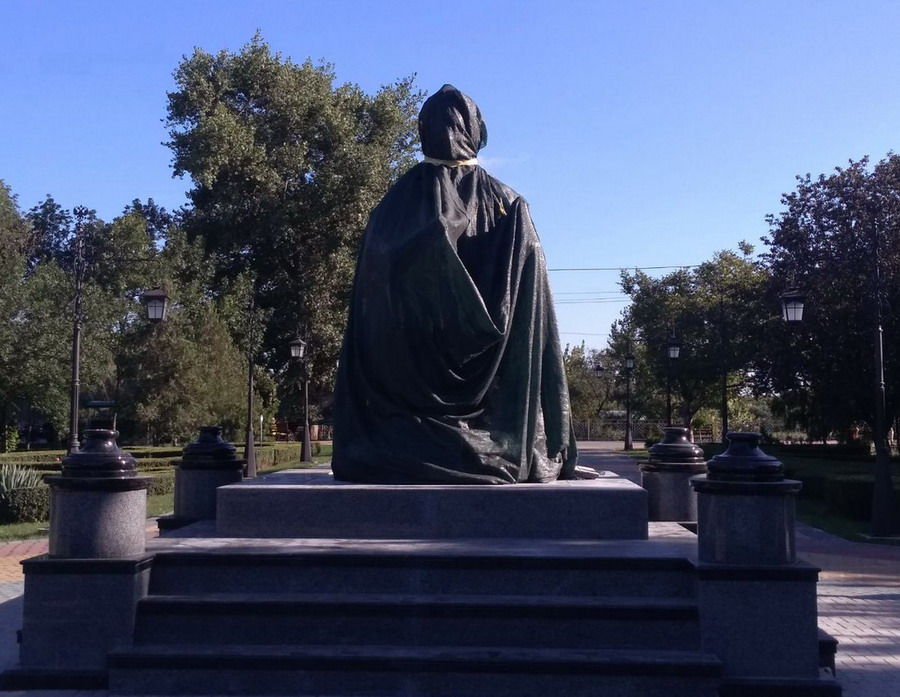Название: Памятник жертвам маньяков.jpg Просмотры: 243  Размер: 168.3 Кб