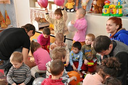 Нажмите на изображение для увеличения Название: Содружество молодых сделали праздник детям..jpeg Просмотры: 346 Размер:76.9 Кб ID:11498