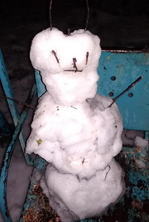 Название: Снеговик чертик.jpg Просмотры: 479  Размер: 102.1 Кб