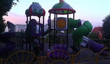 Нажмите на изображение для увеличения Название: Детская площадка в России.jpg Просмотры: 436 Размер:52.9 Кб ID:13964