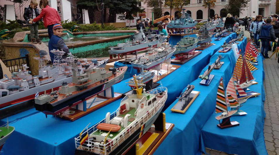 Название: Модели кораблей - Бендеры.jpg Просмотры: 323  Размер: 233.0 Кб