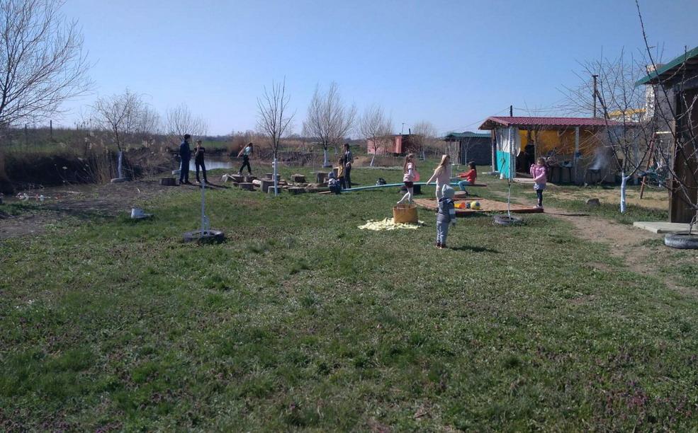 Название: Детская площадка на территории.jpg Просмотры: 85  Размер: 228.0 Кб