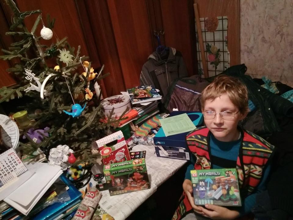 Название: 31 Златогор 10 лет, мама умерла, плохое зрение - майнкрафт.jpg Просмотры: 41  Размер: 249.7 Кб