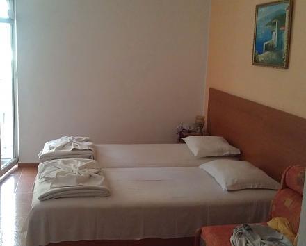Нажмите на изображение для увеличения Название: Отель Pliska - комнаты.jpg Просмотры: 196 Размер:47.7 Кб ID:19028