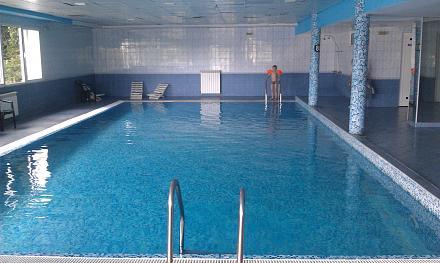 Нажмите на изображение для увеличения Название: Внутренний бассейн в отеле Pliska.jpg Просмотры: 188 Размер:91.1 Кб ID:19029