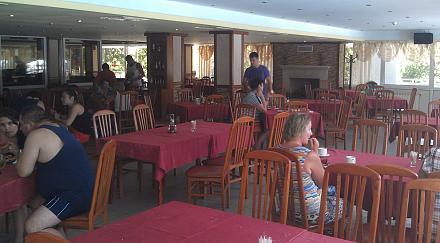 Нажмите на изображение для увеличения Название: Отель Pliska - ресторан.jpg Просмотры: 187 Размер:76.4 Кб ID:19032