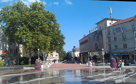 Нажмите на изображение для увеличения Название: Площадь Независимости в Варне.jpg Просмотры: 149 Размер:124.9 Кб ID:19095