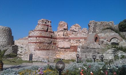 Нажмите на изображение для увеличения Название: Руины античной крепости - Несебр.jpg Просмотры: 106 Размер:118.3 Кб ID:19125