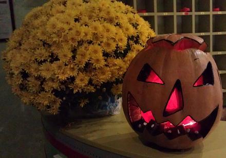 Нажмите на изображение для увеличения Название: Хэллоуин.jpg Просмотры: 321 Размер:55.7 Кб ID:14851