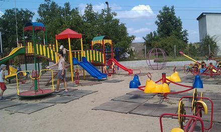 Нажмите на изображение для увеличения Название: Детская площадка в Оазисе.jpg Просмотры: 388 Размер:116.1 Кб ID:16750