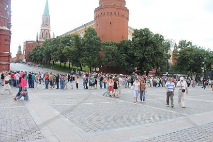 Нажмите на изображение для увеличения Название: Очередь в мавзолей Ленина.jpg Просмотры: 388 Размер:73.5 Кб ID:14210