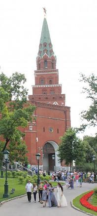 Нажмите на изображение для увеличения Название: Боровицкая башня.jpg Просмотры: 367 Размер:43.8 Кб ID:14214