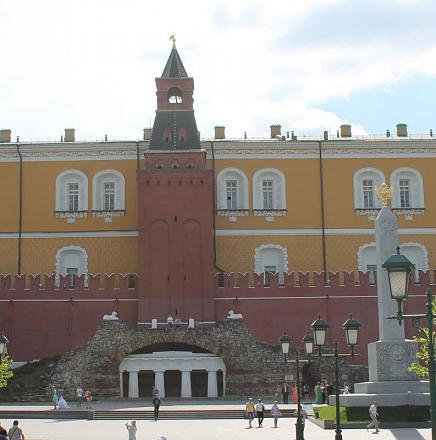 Нажмите на изображение для увеличения Название: Средняя Арсенальная башня Московского Кремля.jpg Просмотры: 342 Размер:69.1 Кб ID:14217