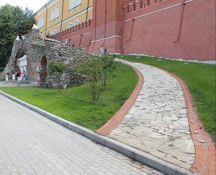 Нажмите на изображение для увеличения Название: Грот в Александровском саду - спуск.jpg Просмотры: 327 Размер:100.9 Кб ID:14227