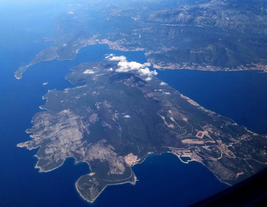 Название: Черногория с высоты полета.jpg Просмотры: 194  Размер: 151.3 Кб