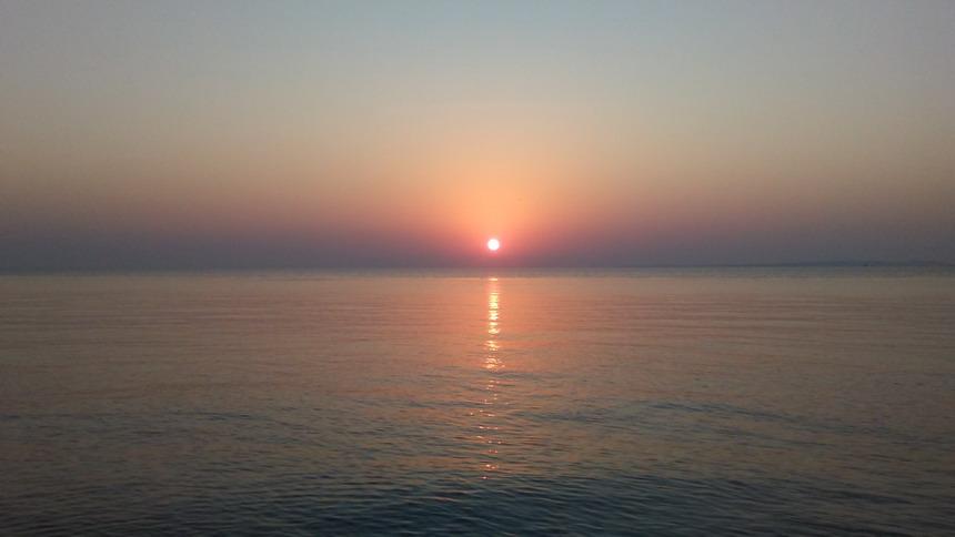 Название: Закат на море.jpg Просмотры: 339  Размер: 62.4 Кб
