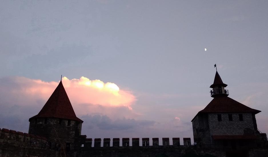Название: Закат в бендерской крепости.jpg Просмотры: 118  Размер: 67.0 Кб