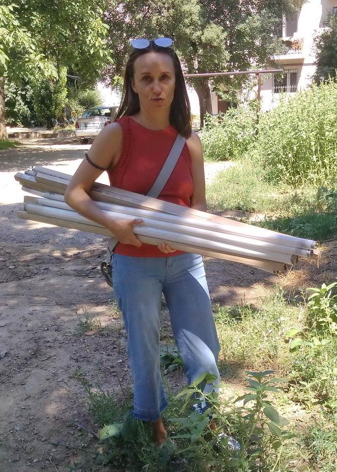 Название: Наталья Пильщикова и ртутные лампы.jpg Просмотры: 65  Размер: 195.0 Кб