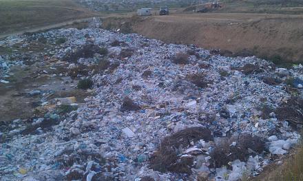 Нажмите на изображение для увеличения Название: Свалка мусора в Малаешты.jpg Просмотры: 202 Размер:117.5 Кб ID:22455
