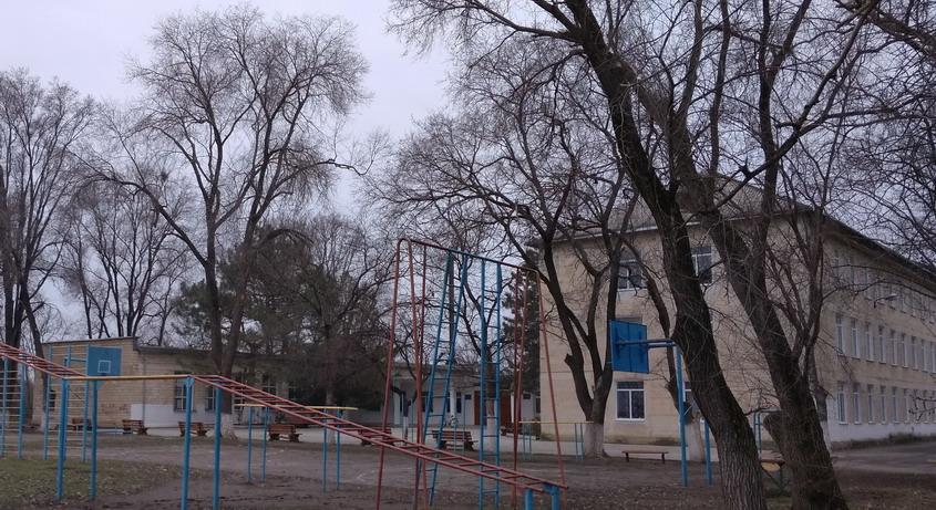 Название: Школа в селе Терновка.jpg Просмотры: 254  Размер: 196.3 Кб