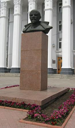 Нажмите на изображение для увеличения Название: Lenin_Tiraspol.jpg Просмотры: 847 Размер:75.8 Кб ID:5780