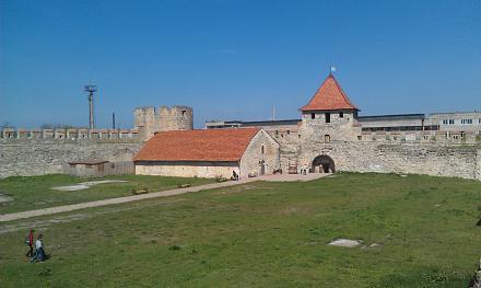 Нажмите на изображение для увеличения Название: Бендерская крепость изунутри.jpg Просмотры: 317 Размер:69.0 Кб ID:18230